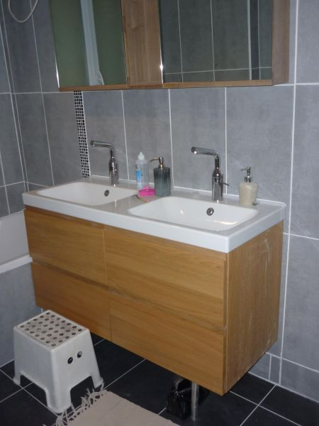 Non class pb multiservices - Pose lambris pvc douche ...